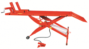 Small scissor motorcycle lift with 1000BL